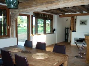 Table et bar de cuisine