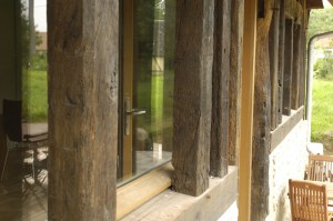 motif de la baie vitrée de la longère normande