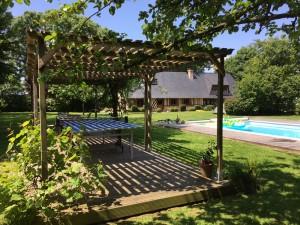 vue extérieur avec la piscine